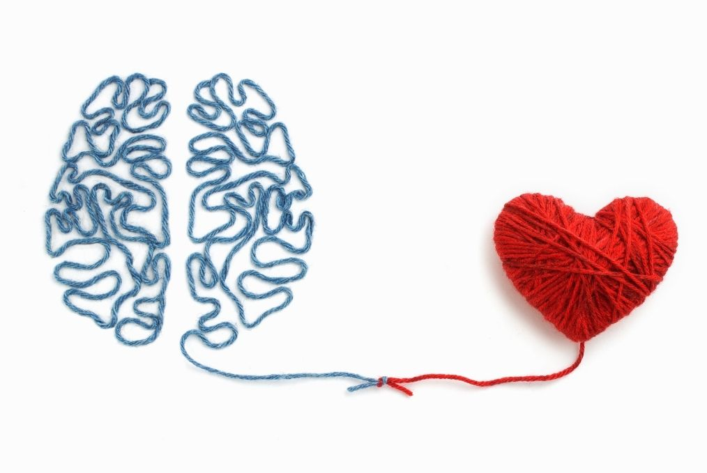 Yarn brain with heart attached. Attachment theory elisabet barnes